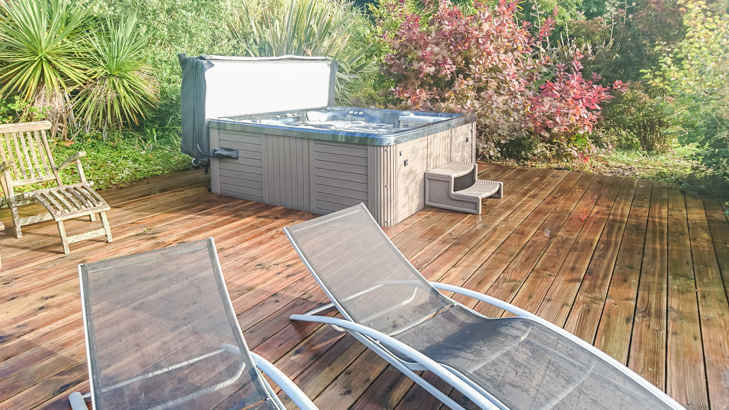 Hot Tubs Spas Pool and Spa Service
